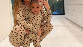 Kylie-Jenner's-Bubbly-Photo-of-Stormi-Webster-Will-Make-You.jpg