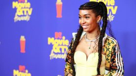 Yara-Shahidis-Adidas-Originals-Tracksuit-at-the-MTV-Awards.jpg