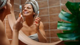1628026056_How-to-Reduce-Humidity-in-Your-Bathroom.jpg