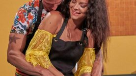 1632274850_The-Fashion-Details-from-Bachelor-in-Paradise-Season-7-Week.jpg