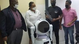 UTech-receives-state-of-the-art-IoT-robot-and-smart-devices-from-Innovate10x.jpg
