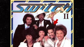 1634858631_Tommy-DeBarge-from-RB-Band-Switch-Dead-at-64.jpg