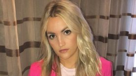 1634891890_Jamie-Lynn-Spears-Says-Parents-Pushed-Abortion-Warned-Giving-Birth.jpg